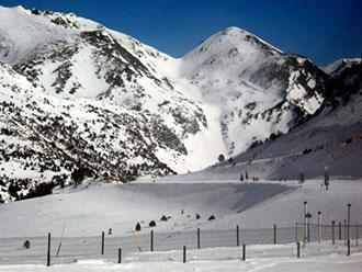 Vallnord-ski-slopes