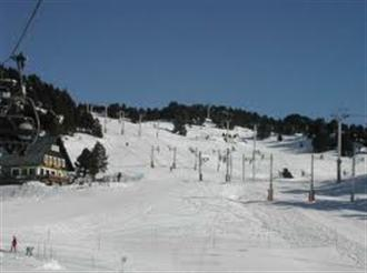 School ski trips to Chamrousse, school ski tours to Chamrousse, Belledonne, school ski holidays to Chamrousse Halsbury Travel