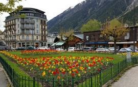 Chamonix town square