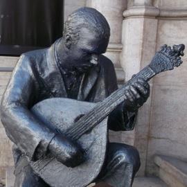 Fado and Portuguese Guitar House Museum